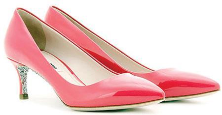 7888 - انتخاب بهترین کفش با پاشنه مناسب